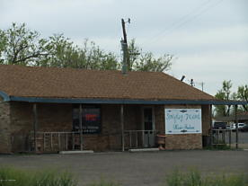 Photo of 816 Hobart St Pampa, TX 79065