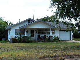 Photo of 207 Wall St Shamrock, TX 79079