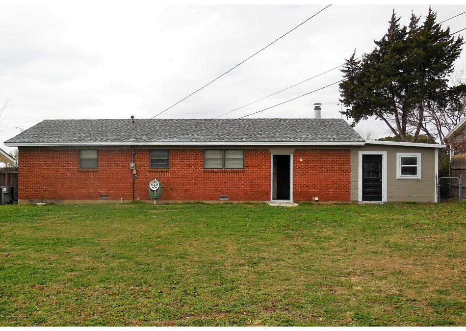 Photo of 918 Main Street Shamrock, TX 79079