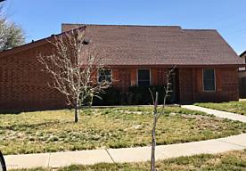 Photo of 7005 MANOR CIR Amarillo, TX 79109