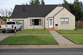 Photo of 1125 Drake St Perryton, TX 79070