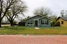 Photo of 1110 7TH AVE Canyon, TX 79015