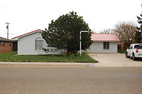 Photo of 1119 Archer St Spearman, TX 79081