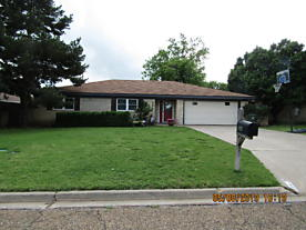 Photo of 224 Inverness St Borger, TX 79007