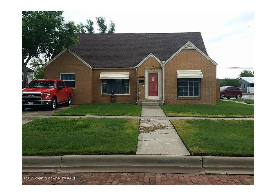 Photo of 721 Colgate Perryton, TX 79070