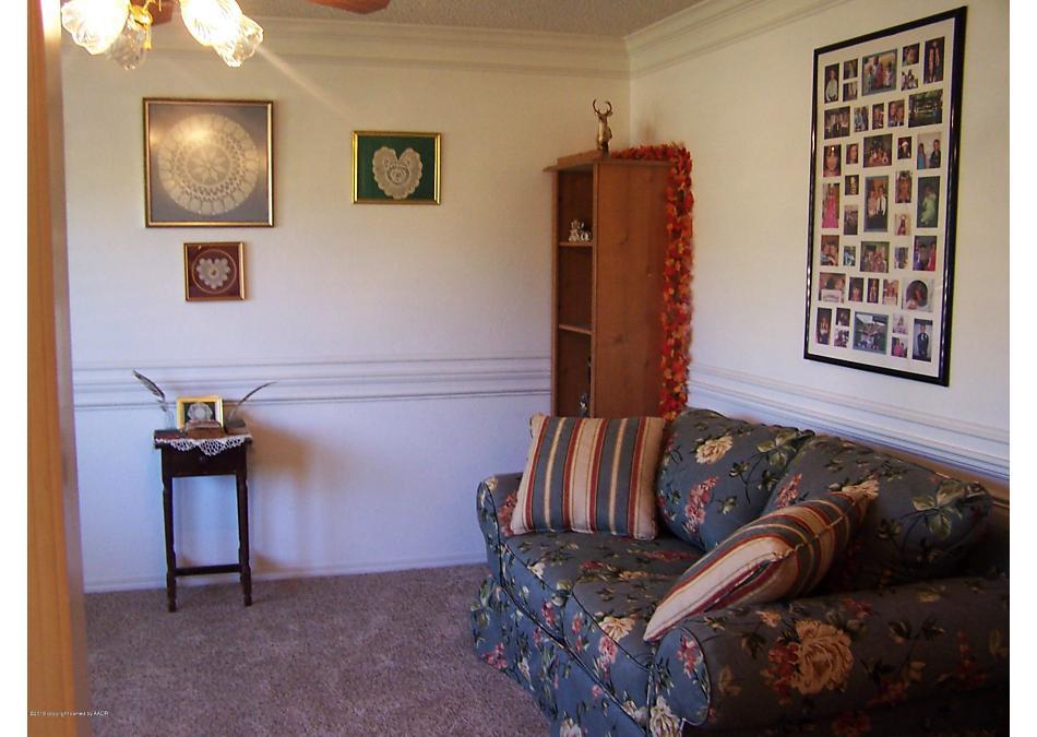 Photo of 505 Broadmoor St Borger, TX 79007
