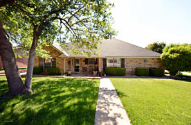 Photo of 210 Somerset St Borger, TX 79007