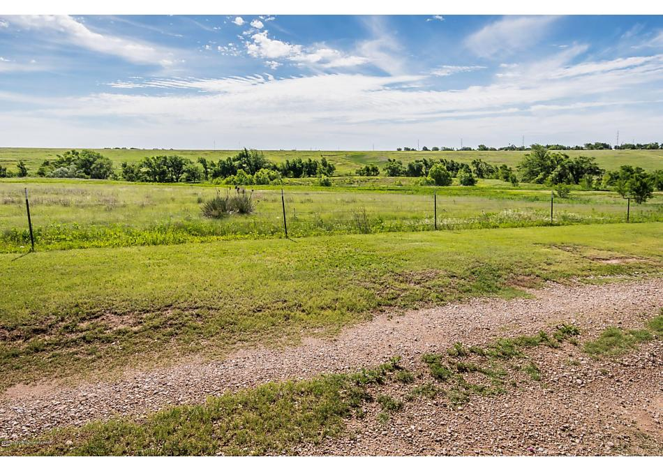 Photo of 1704 Holly Ln Pampa, TX 79065