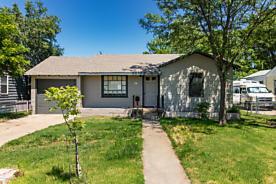 Photo of 4617 BOWIE ST Amarillo, TX 79110