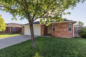 Photo of 6931 BENWOOD SQ Amarillo, TX 79109