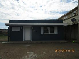 Photo of 706 McGee St Borger, TX 79007