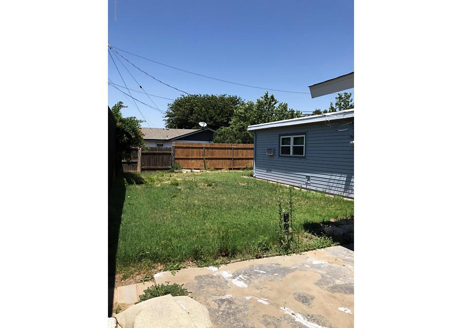Photo of 2511 LAWNDALE DR Amarillo, TX 79103