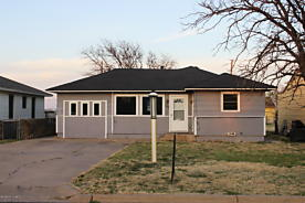 Photo of 1508 Franklin Ave Panhandle, TX 79068