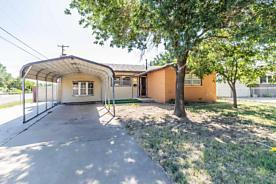 Photo of 5301 TUMBLEWEED DR Amarillo, TX 79110