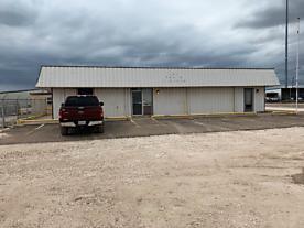 Photo of 102 Juniper Perryton, TX 79070