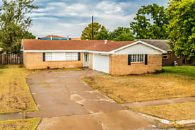 Photo of 5112 KIRK DR Amarillo, TX 79110