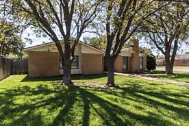 Photo of 6715 COLUMBIA LN Amarillo, TX 79109