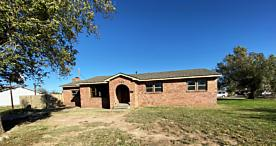 Photo of 729 Morton Dumas, TX 79029