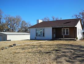 Photo of 607 Sweetwater St Wheeler, TX 79096
