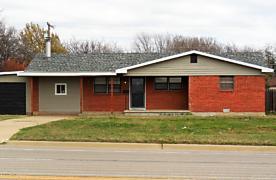 Photo of 918 Main St Shamrock, TX 79079