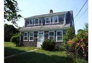 Photo of 114 Iyannough Road Hyannis, MA 02601
