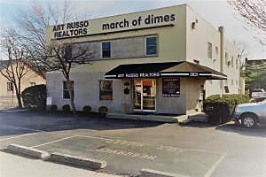 Photo of 2831 Main Street Columbus, OH 43209