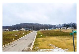 Photo of 2138 Morgan Run Newark, OH 43055