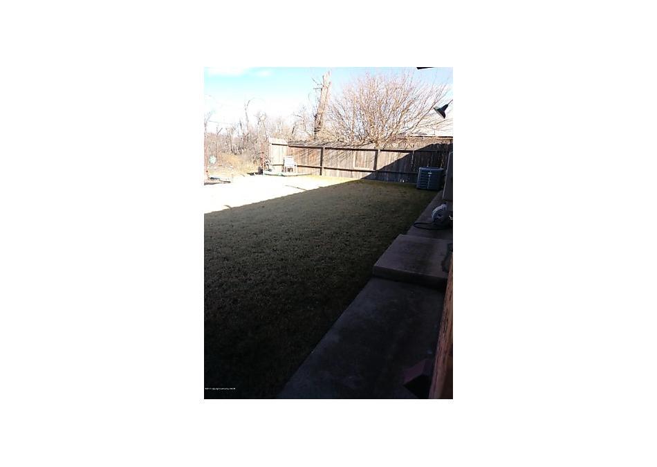 Photo of 32 Golf Course Rd Borger, TX 79007