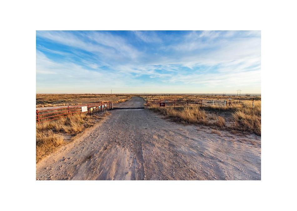 Photo of N. Lake Meredith 441 Sanford, TX 79078