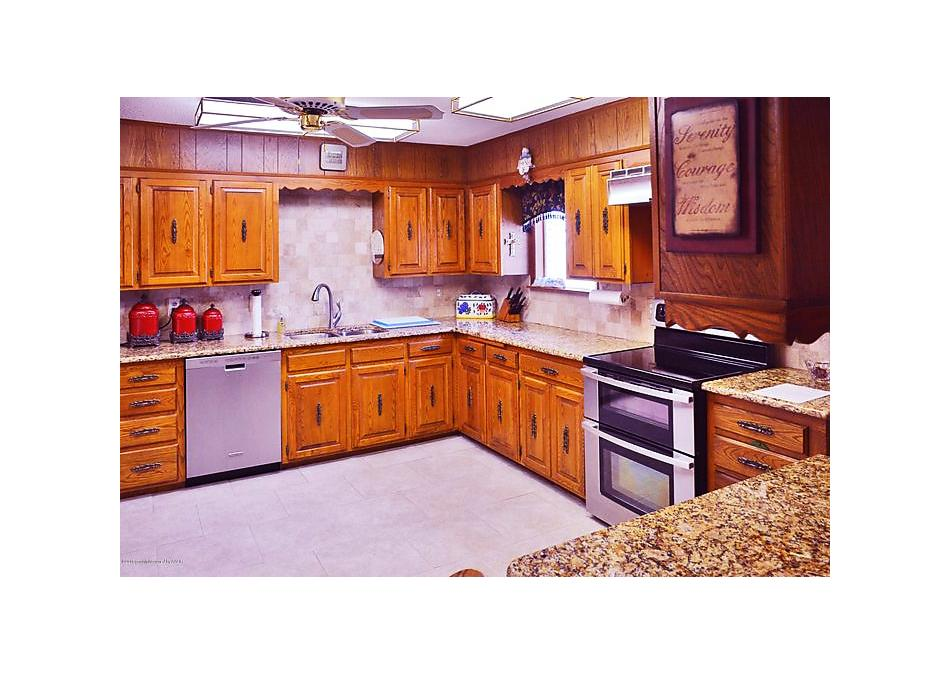 Photo of 1000 W Lee St Dimmitt, TX 79027