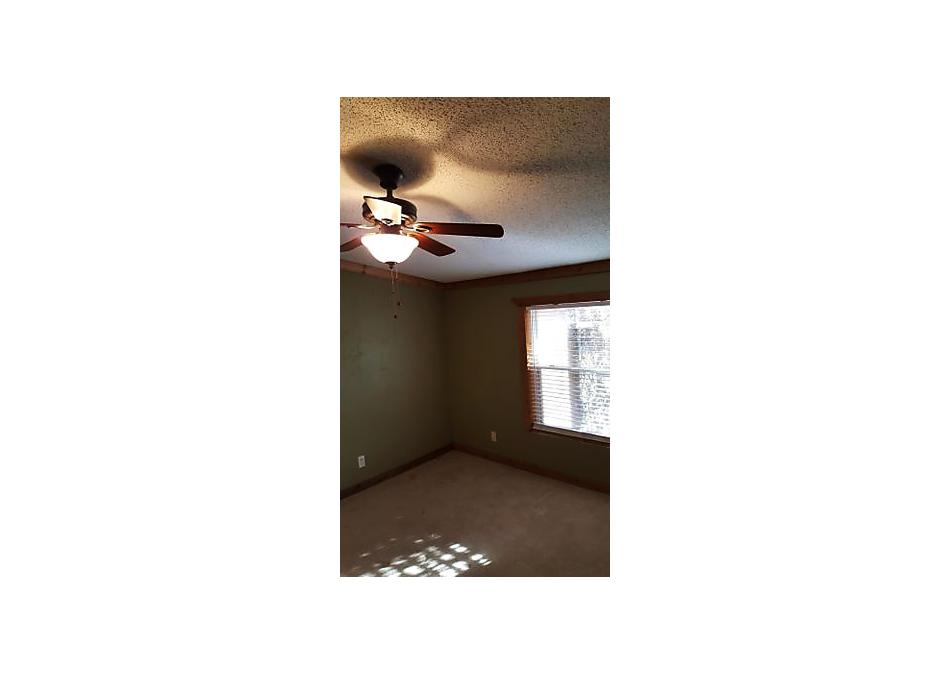 Photo of 1607 Avenue H Childress, TX 79201