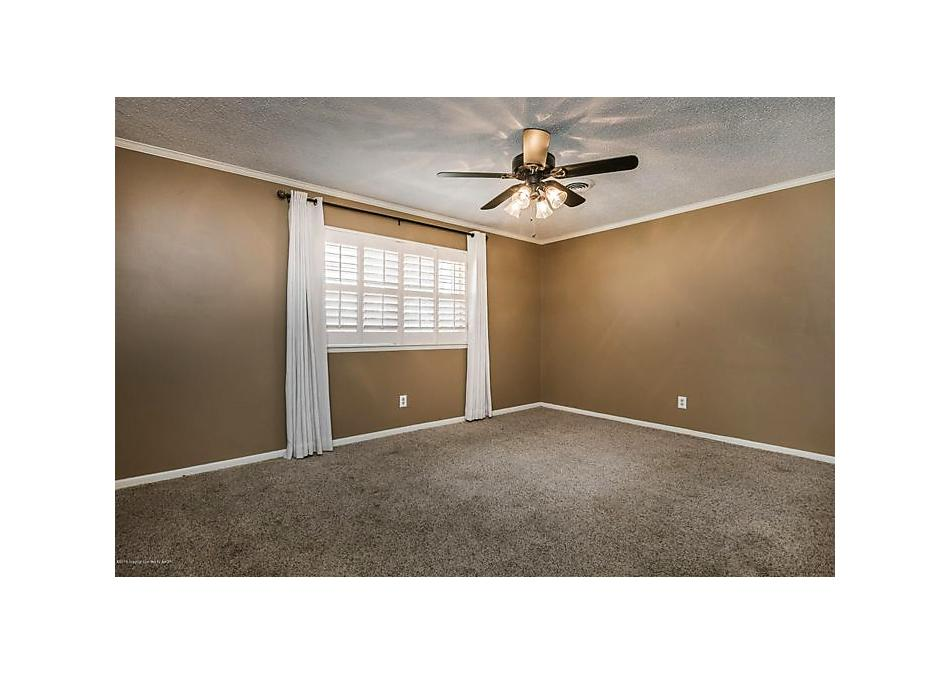 Photo of 3906 Huntington Dr Amarillo, TX 79109