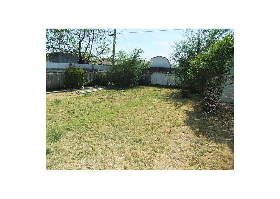 Photo of 1823 Nelson St Pampa, TX 79065