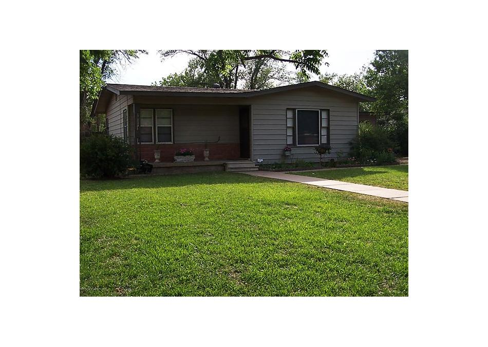 Photo of 1003 Park Ave Panhandle, TX 79068
