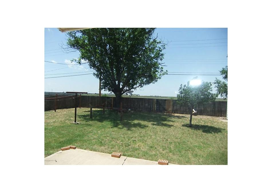 Photo of 2505 Rosewood Ln Pampa, TX 79065