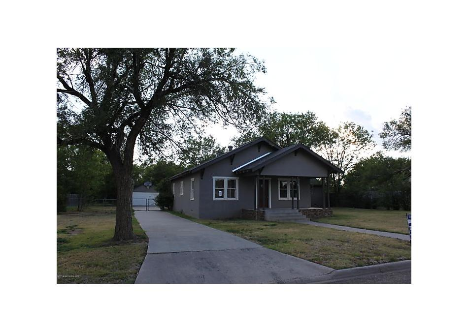 Photo of 307 Oak Ave Panhandle, TX 79068