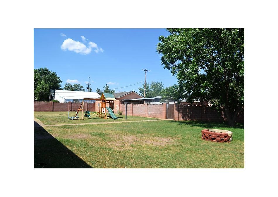 Photo of 827 Williams Ave Stinnett, TX 79083