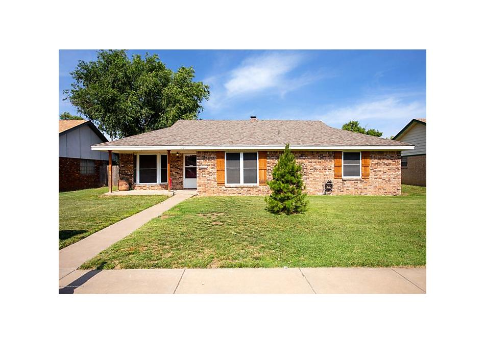 Photo of 1024 Santa Fe Trl Canyon, TX 79015