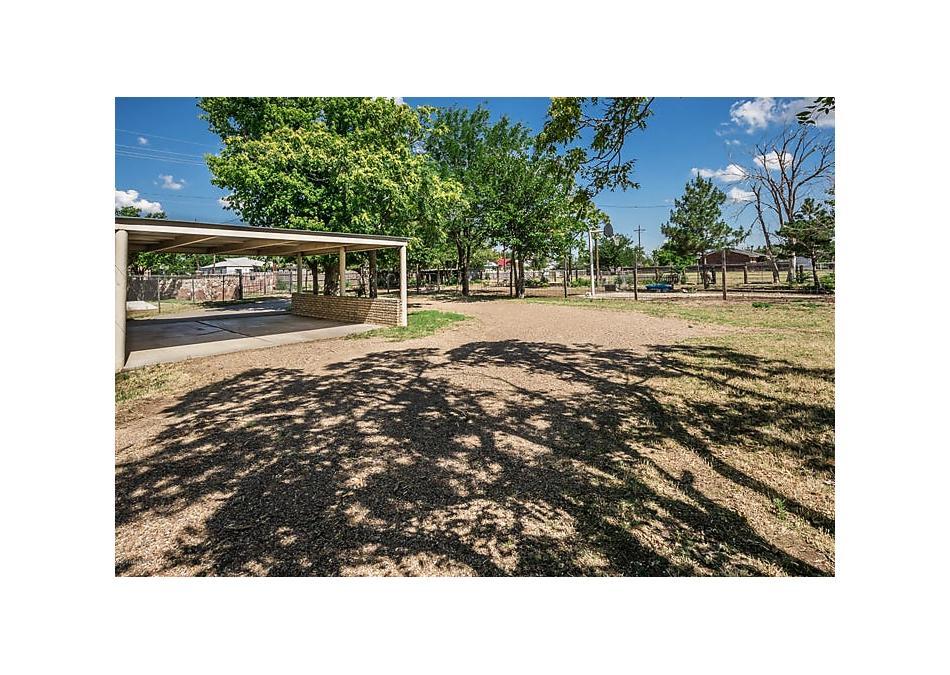 Photo of 425 S Tignor St Pampa, TX 79065