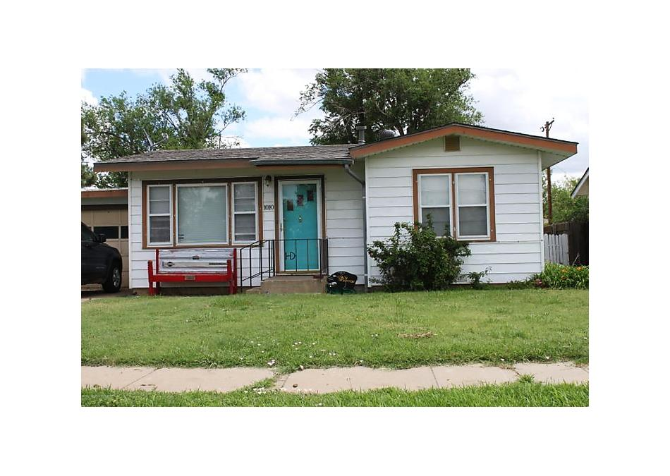 Photo of 1010 Franklin Panhandle, TX 79068