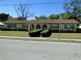 Photo of 126 M L King Avenue St Augustine, FL 32084