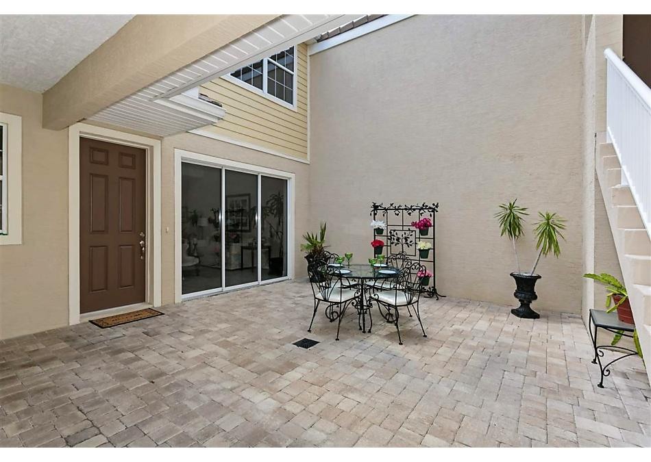 Photo of 492 Hedgewood Dr St Augustine, FL 32092
