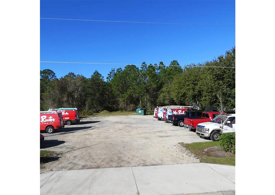 Photo of 27 Enterprise Dr Bunnell, FL 32110