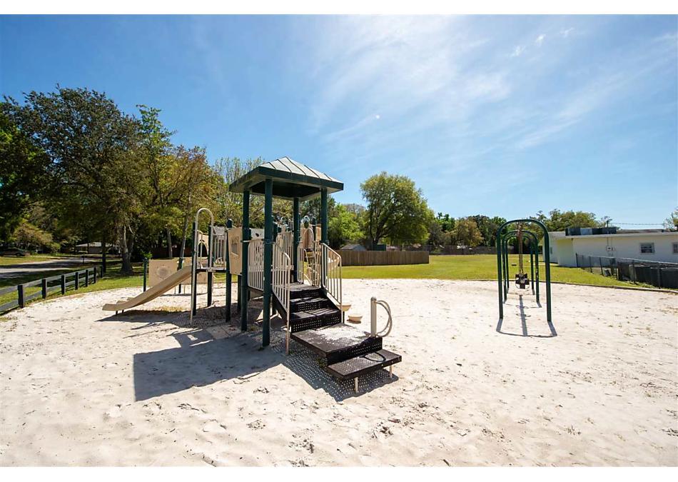 Photo of 107 Mohegan Rd St Augustine, FL 32086