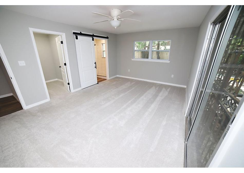 Photo of 103 Canal Dr East Palatka, FL 32131