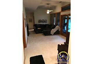 Photo of 3817 Sw Wood Valley Dr Topeka, KS 66610