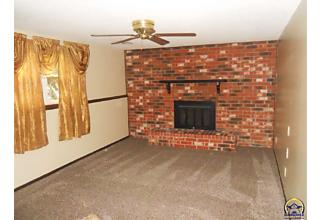 Photo of 3141 Sw Chelsea Dr Topeka, KS 66614