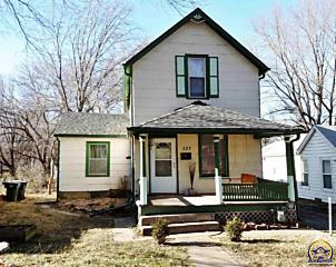 Photo of 121 Nw Louise St Topeka, KS 66606