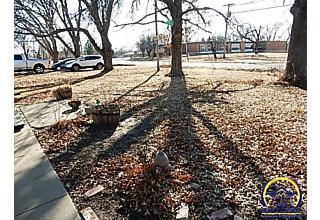 Photo of 4308 Ne Indian Creek Rd Topeka, KS 66617