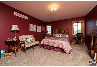 Photo of 5139 Nw Rochester Rd Topeka, KS 66618